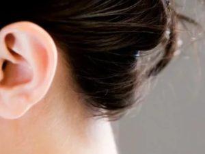 Сухие корочки в ушах