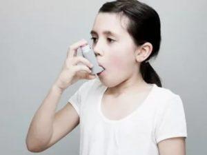 Переодически лающий кашель от сладкого
