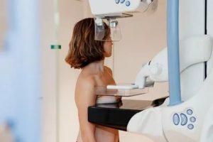 Нужно ли делать маммографию