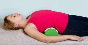 Растяжение мышц спины у ребенка