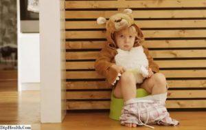 Ребенок не садится и не просится на горшок