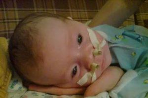 Не дышит носик у младенца